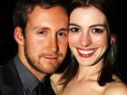 Lovebirds: Anne Hathaway And Adam Shulman