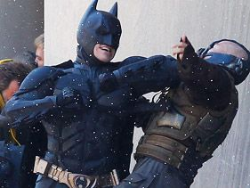 Christian Bale and Tom Hardy film &quot;Dark Knight Rises&quot;