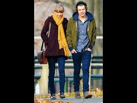 Taylor Swift and Harry Styles at Central Park on December 2